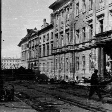 Reprodukcje negatywowe z  Powstania Warszawskiego
