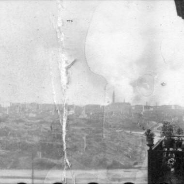 Stykówki wykonane z negatywu z okresu Powstania Warszawskiego