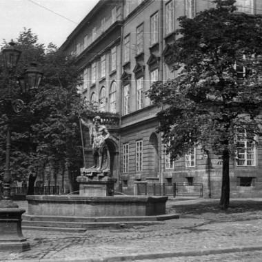 Negatywy fotografii przedwojennych autorstwa Józefa Karpińskiego