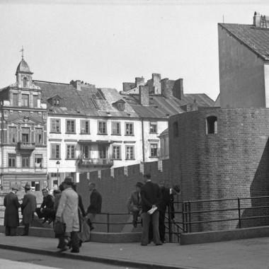 negatywy oryginalne z okresu okupacji niemieckiej ukazujące Warszawę okupacyjną / sceny rodzajowe