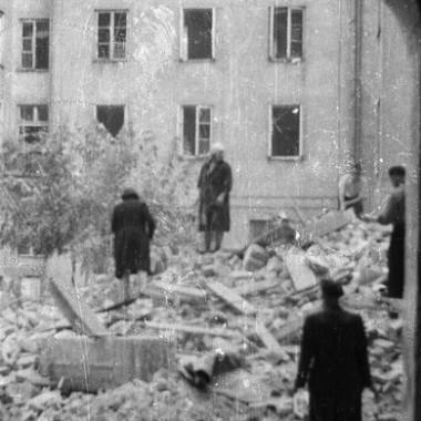 4 rolki negatywów z Powstania Warszawskiego