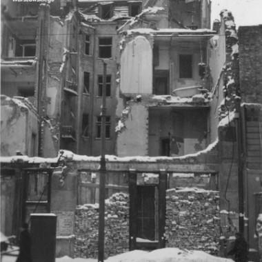 Fotografia Warszawy z okresu okupacji niemieckiej - ruiny zabudowy