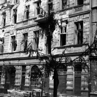 Fotografie z Powstania Warszawskiego autorstwa Edwarda Wojciechowskiego
