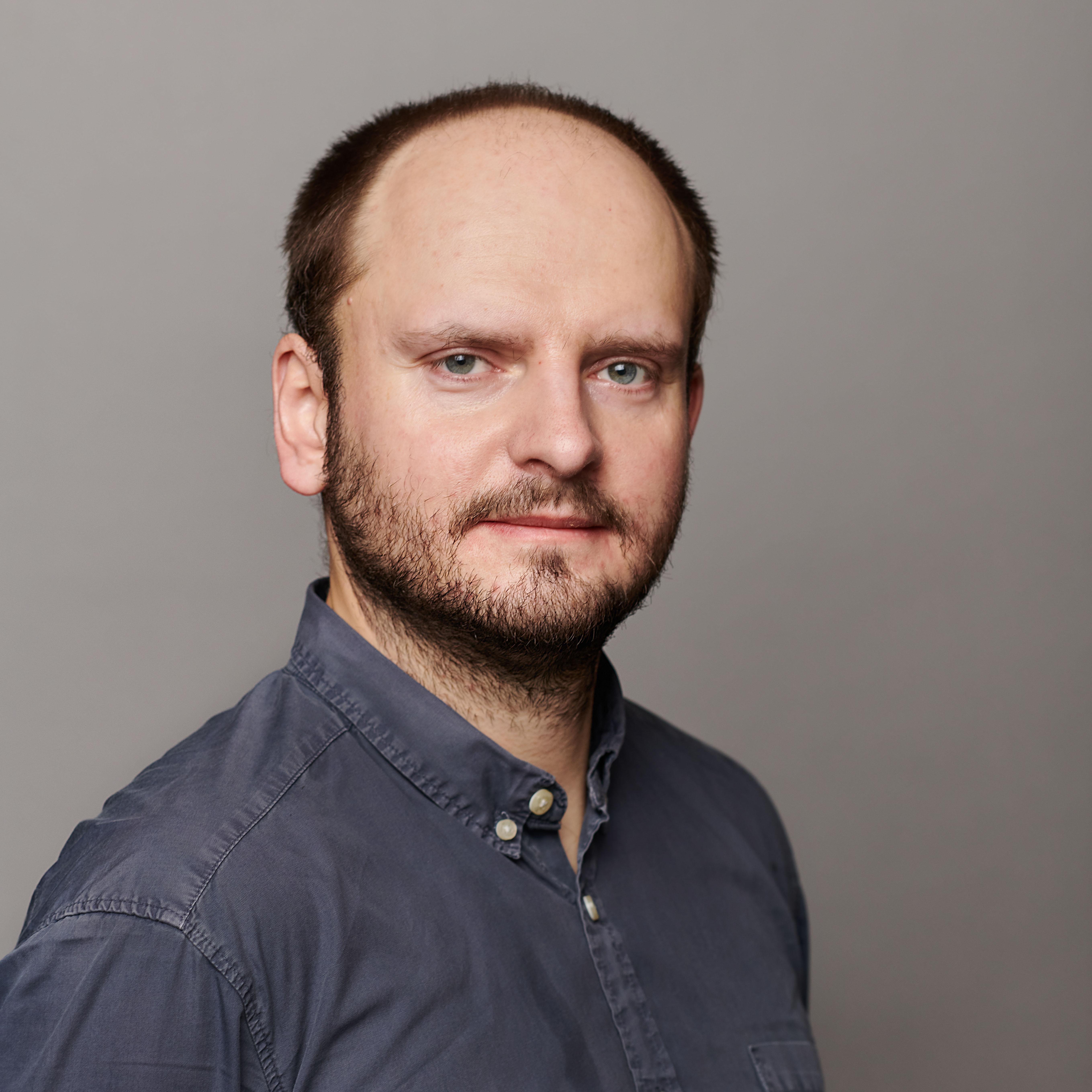 dr Paweł Brudek