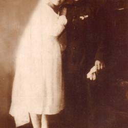 Fotografia ślubna Bronisława i Wandy Laskowskich ze zbiorów rodzinnych udostępnił Pan Marek Kwiatkowski