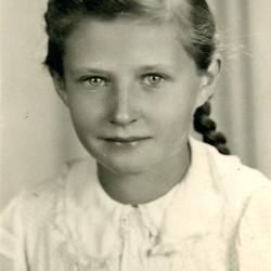 Mirosława Górska (1933-1944), zdjęcie udostępnione przez siostrę panią Alicje Wojtkowską