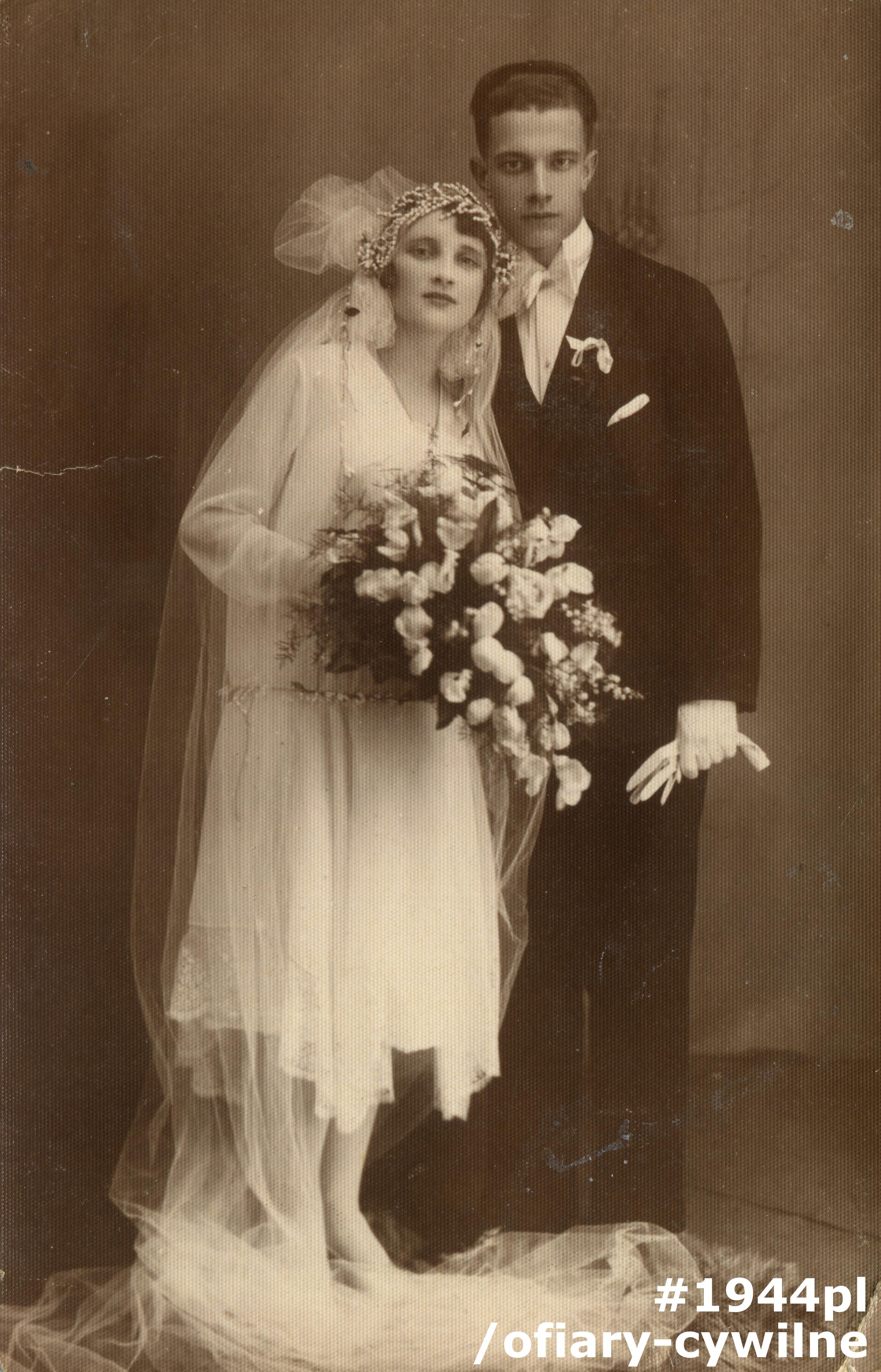 Fotografia ślubna Czesława i Władysławy Lipińskich, udostępniła Pani Anna Stępniewska